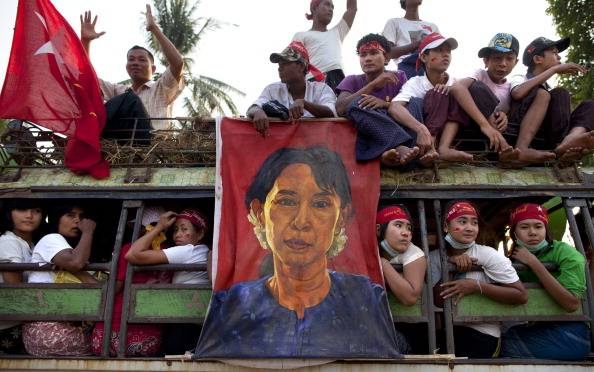 Aung San Suu Kyi Makes Election Debut As Myanmar Votes