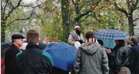 Man addressing crowd at Speakers' Corner, London